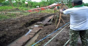 Puluhan Artefak Peninggalan Majapahit Ditaruh di Balai Desa