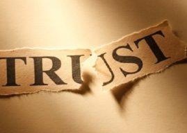 Jangan Bermain-Main dengan Kepercayaan Publik