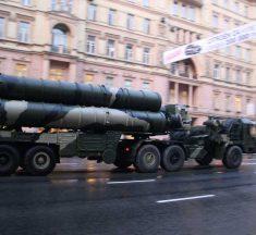 """AS-NATO Terapkan Sanksi Ekonomi """"Tebang Pilih"""" Terhadap Negara-Negara Pengimpor S-400 dan SU-35 Rusia"""