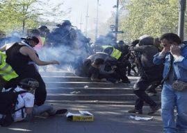 Puluhan Demonstran di Paris Bentrok dengan Polisi
