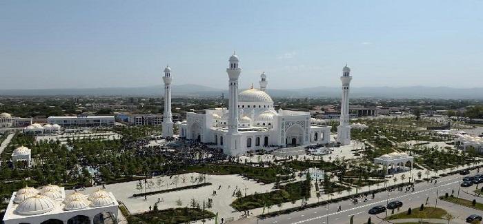 Rusia Resmikan Masjid Terbesar di Eropa