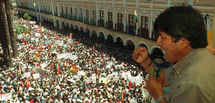 Kenapa  Evo Morales  Dikudeta?